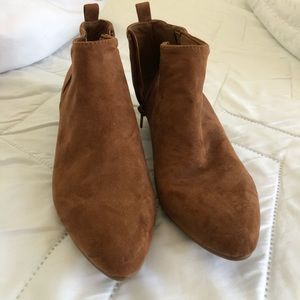 Old Navy Booties / Ankle Boots